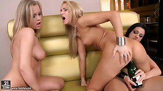Lesbian party with Abbie Cat,  Aleska Diamond,  Aletta Ocean