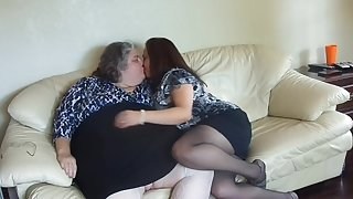 2 BBW Lesbians