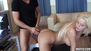 Queen Christin, Valentina Blue - Me and 2 Lesbian Babes