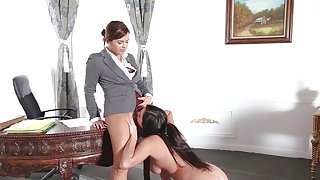 Lesbian passion between gorgeous Keisha and Karlee