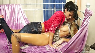 Glamour babes Kitty Jane and Alyssia Loop enjoy having some fun