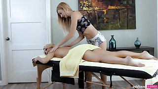 A hot MILF experiences an nympholeptic massage and become absent-minded sweltering woman is as a result appealing
