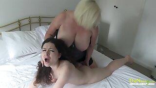 OldNannY British Mature Lesbian Performance